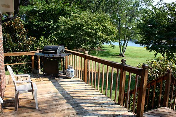 Lake Norman Vacation Home grill
