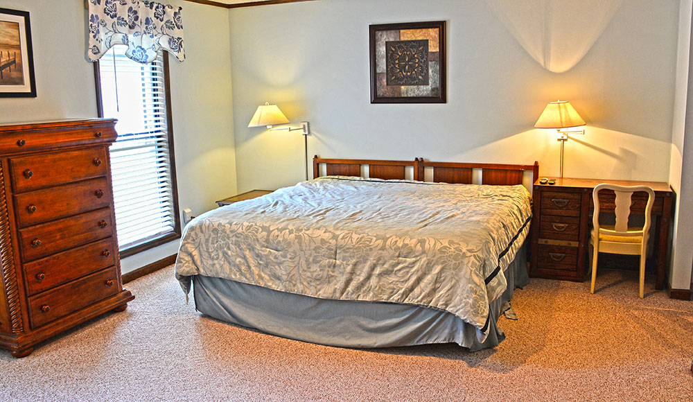 Lake Norman Vacation Home Bed